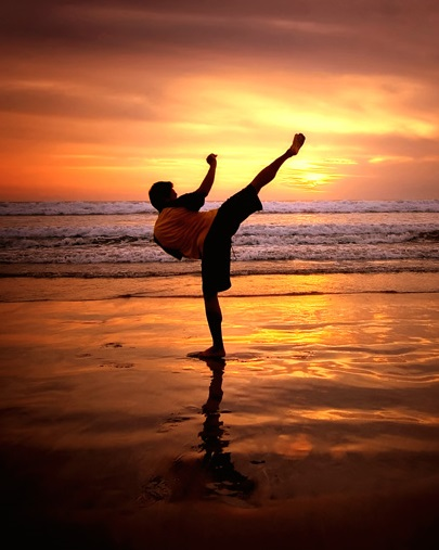 https://justbeepic.com/wp-content/uploads/2020/12/kuta_beach_karate.jpg
